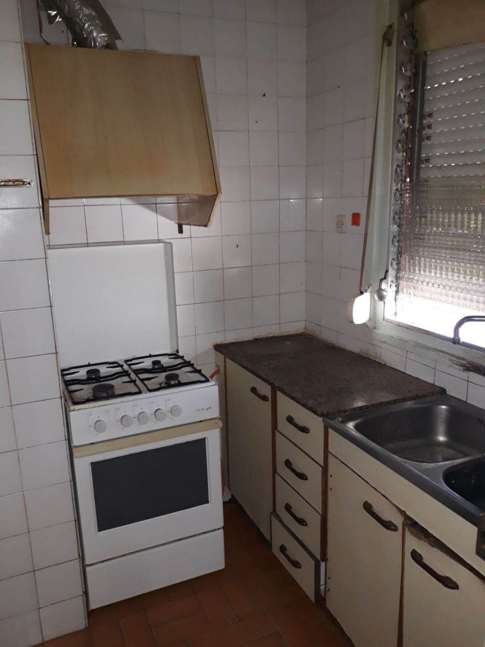 <h2>Piso en REUS <small><small>(ref.15452)</small></small></h2><h3>28.000 &euro;</h3>